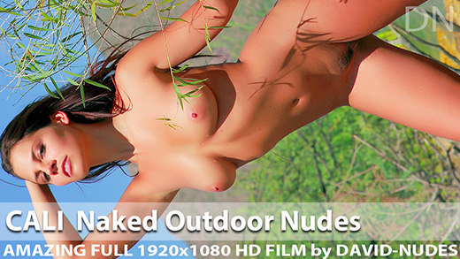 Play  Cali Naked Outdoor Nudes
