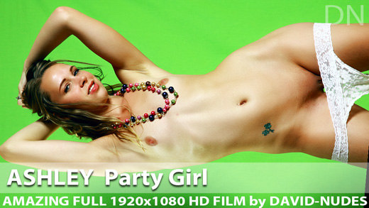 Play  Ashley Party Girl