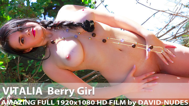 Vitalia Berry Girl